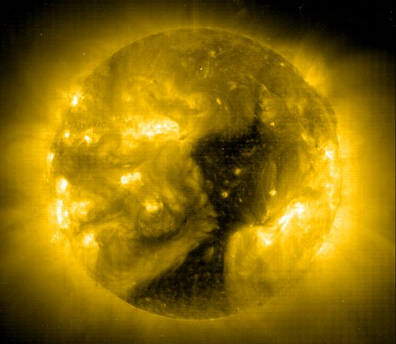 Coronal hole image from SOHO spacecraft (ESA/NASA) - 8 Jan 2002
